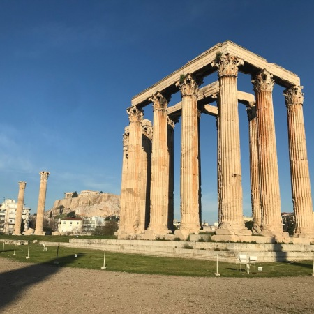 Guide to Visiting Athens, Greece with Kids | www.carriereedtravels.com