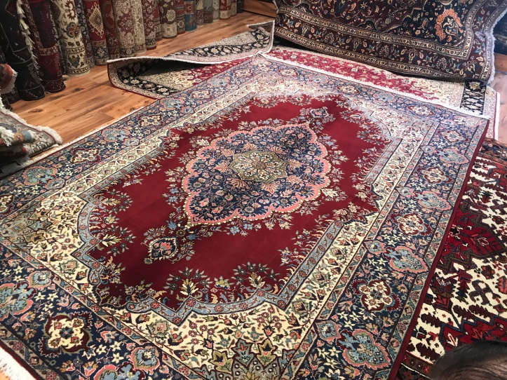 Rug Shopping in Ankara, Turkey | www.carriereedtravels.com